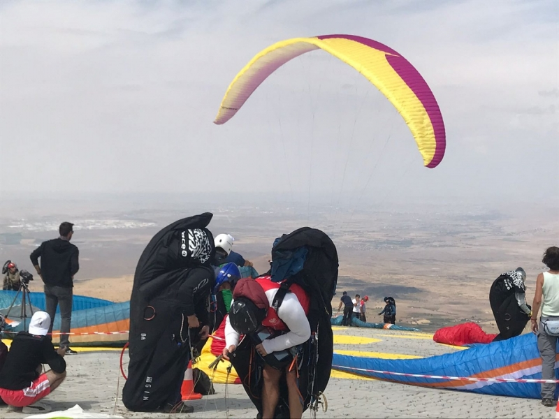 yamac-parasutu-dunya-kupasi-1046