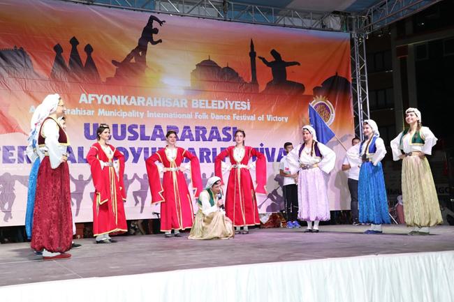 uluslararasi-zafer-halk-oyunlari-festivali-951